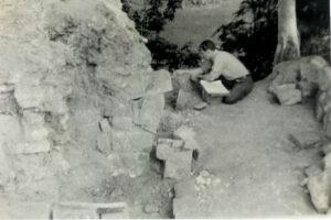 Harvey Fite restoring Mayan Ruins at Copan
